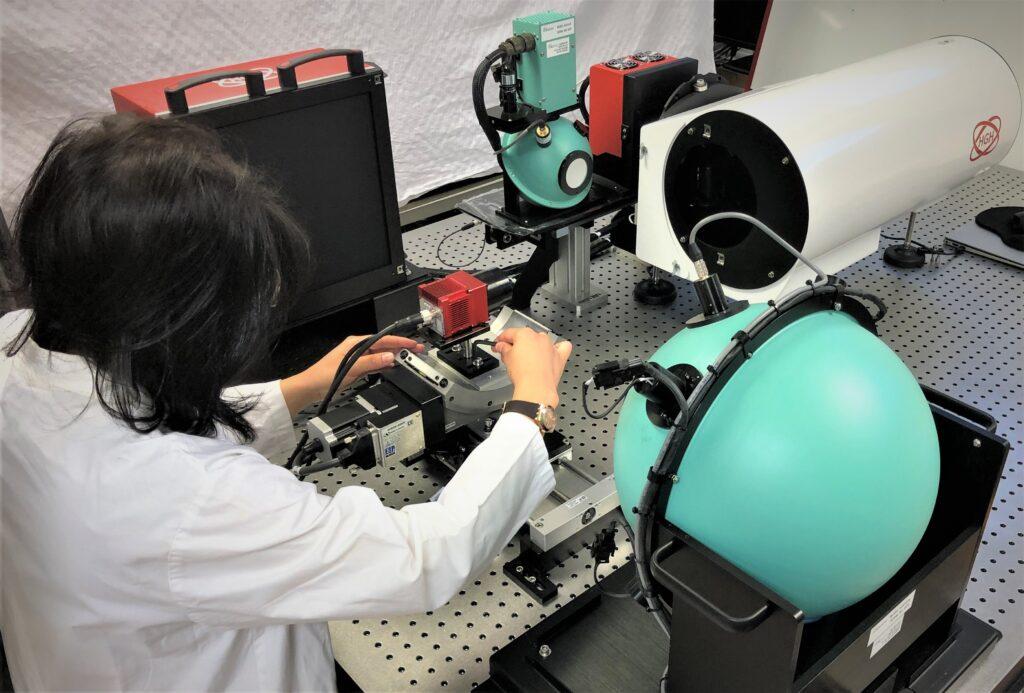 Modular electro-optic test bench for VIS camera testing